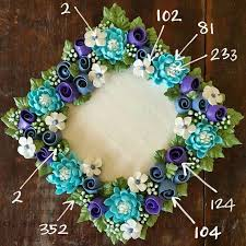 Christmas Cake Decorations Flowers by Best 25 Royal Icing Flowers Ideas On Pinterest Icing Flowers