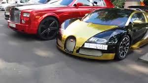 gold bugatti epic black and gold bugatti veyron chrome phantom london 2014