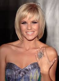 pictures women s hairstyles with layers and short top layer medium layered bob hairstyles with bangs http wowhairstyle com