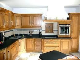 peindre une cuisine en chene rustique repeindre cuisine chene cuisine repeindre cuisine en chene vernis
