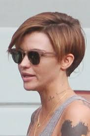 how to get ruby rose haircut ruby rose undercut 144300 ruby rose seen leaving a salon with a
