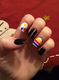pittsburgh nails steelers nails black and gold manicure diy