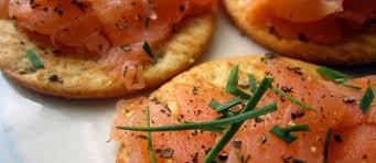 cuisiner saumon fumé recettes de saumon fumé idées de recettes à base de saumon fumé