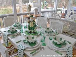day table decorations st s day table setting and decorations