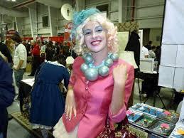 Effie Halloween Costumes 16 Effie Trinket Halloween Images Effie