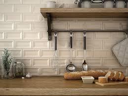 revetement mural cuisine adhesif rouleau vinyle adhésif pour meuble awesome revetement adhesif