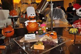 boo bash halloween pumpkin decorating bonnet creek blog