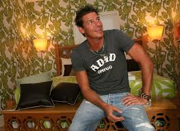 trading spaces host ty pennington to do a paint by numbers mural in bala cynwyd today