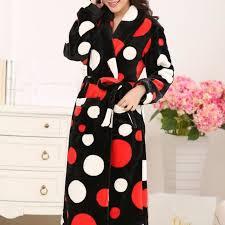 robe chambre polaire robe de chambre polaire femme à pois blancs et rouges à col