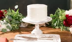 wedding cake tasting everything you need to about a wedding cake tasting weddingwire