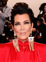 how to get a kris jenner haircut 12 ways kris jenner wore her infamous haircut