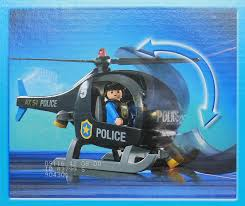 city action by playmobil amazon co uk toys u0026 games