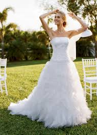 davids bridal wedding dresses 25 things to avoid in wedding dresses david s bridal countdown to