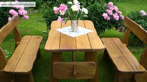 give a natural impression by using rustic outdoor furniture for