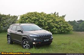 trailhawk jeep green jeep trailhawk bikesrepublic