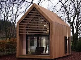 bureau de jardin design une cabane de jardin design tout le en parle