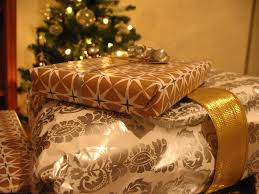 4 ways you can get rid of unwanted christmas presents gobankingrates