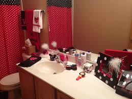 bathroom decorating ideas red gloss color wall layers red