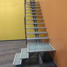 revetement pour escalier exterieur accessoires d u0027escalier garde corp rambarde câble escalier