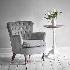 roberta tufted chair light grey velvet