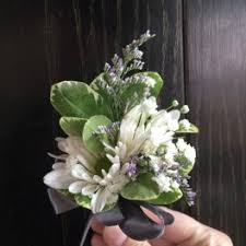 flower delivery indianapolis prom flower delivery in indianapolis eagledale florist