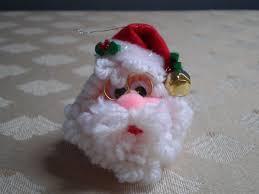 set of 2 santa squeeze meeze kissing plastic canvas christmas