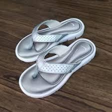 Nike Comfort Footbed Sandals Women U0027s Nike Comfort Flip Flops On Poshmark
