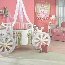 chambre de princesse ahurissant chambre fille princesse decoration chambre bebe fille