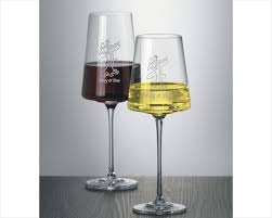 how to personalize a wine glass etched wine glasses flutes personalized wine glasses stemware