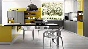 peinture cuisine jaune tendance peinture cuisine dcoration tendance peinture