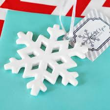 porcelain snowflake ornament favors w personalized tags