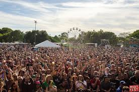 riot fest is coming back to chicago with a vengeance urbanmatter