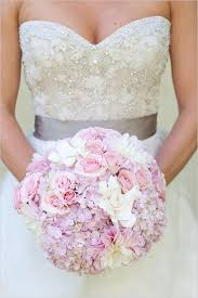 wedding flowers quiz the most beautiful wedding bouquets photo album sofeminine