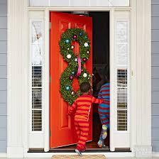 christmas door decorations pretty christmas door decorations