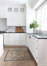 White Kitchen Cabinets And White Countertops Best 25 Timeless Kitchen Ideas Only On Pinterest Kitchens With