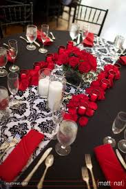 Red And White Centerpieces For Wedding by Best 25 Damask Wedding Ideas On Pinterest Black Red Wedding