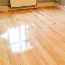 Quick Shine Floor Finish Remover by How To Make Laminate Floors Shine Oh My Gosh Applying The Topcoat