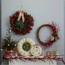 how to make a traditional christmas wreath hobbycraft blog