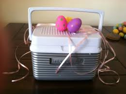 easter basket idea instead use a lunch box great for older