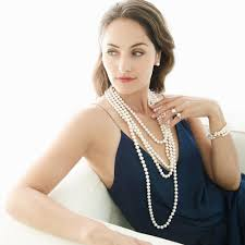 pearl necklace woman images Pearl necklaces the expert how to guide on selection jpg