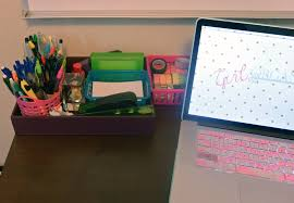 5 useful tips to organize your desk