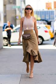 22 fresh new ways to wear a midi skirt for summer street styles