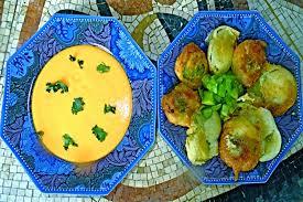 cuisiner coeur de boeuf recette de soupe glacée de tomates coeur de boeuf et beignet de