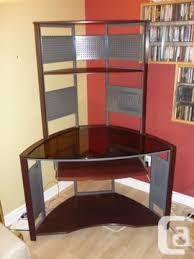 bureau d ordinateur à vendre obo meuble d ordinateur en coin à vendre computer desk for sale