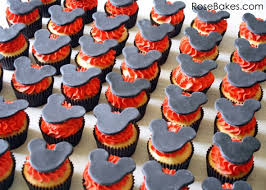 mickey mouse cupcakes behance