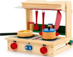 mini cuisine enfant cuisinière ou mini cuisine valise pro en bois chez les enfants