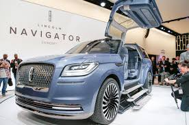 2018 lincoln navigator previewed with dramatic new york concept