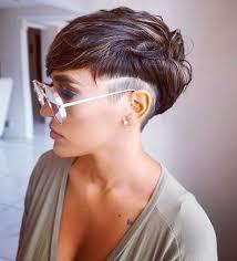 Frisuren Mittellange Haar Dunkel by Die Besten 25 Damenfrisuren Kurz Ideen Auf
