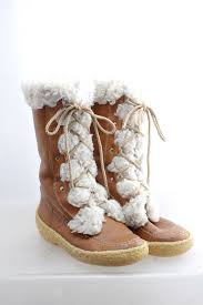 s shearling boots canada best 25 leather ideas on leather sofas