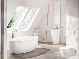 wohnideen minimalistische badezimmer die freistehende badewanne für badezimmer mit dem gewissen
